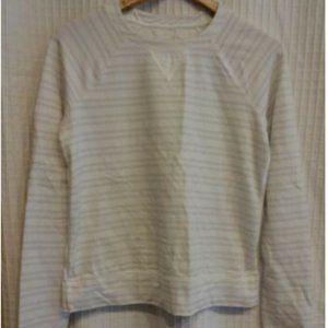 MINT CONDITION Lululemon voyage pull over tencel